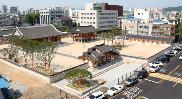 Jeolla Gamyoung was restored to its former grandeur and opens on October 7