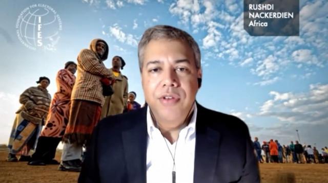 루시디 나커디엔(Rushdi Nackerdien) 국제선거제도재단(IFES) 아프리카 지역 국장이 웨비나에서 발표하고 있다