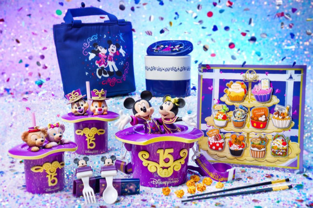 홍콩 디즈니랜드 리조트가 개장 15주년 기념 '매지컬 드림 캐슬'을 공개했다