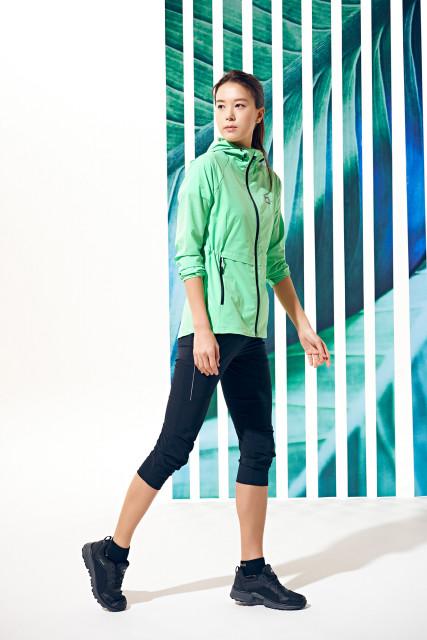 레드페이스가 2021년 봄·여름 신상품 라인업을 공개했다