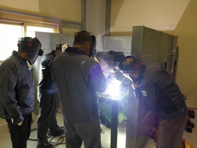 한국법무보호복지공단은 출소자 재범 방지 및 자립 지원을 위해 직업 훈련 등 다양한 취업 지원 프로그램을 하고 있다