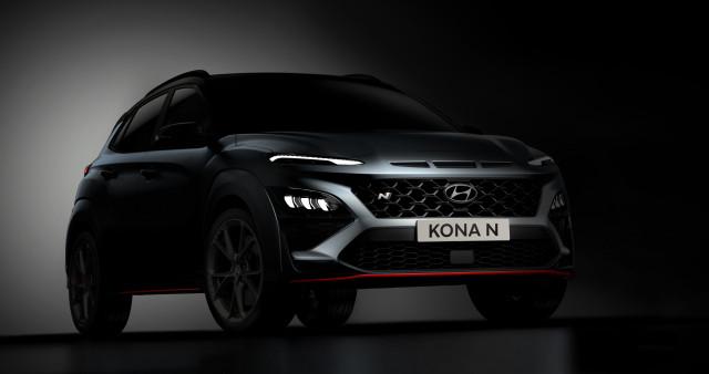 현대자동차는 국내 최초의 고성능 모델 벨로스터 N에 이어 N 라인업의 계보를 이어갈 두 번째 모델이자 최초의 고성능 SUV, 코나 N의 디자인 티저를 공개했다