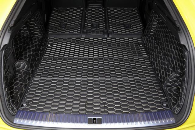 장착된 풀커버 트렁크 매트
