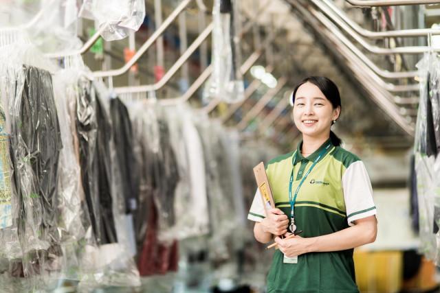 크린토피아가 전문적인 세탁 서비스를 제공하기 위해 세탁 전문가 육성에 힘쓰고 있다