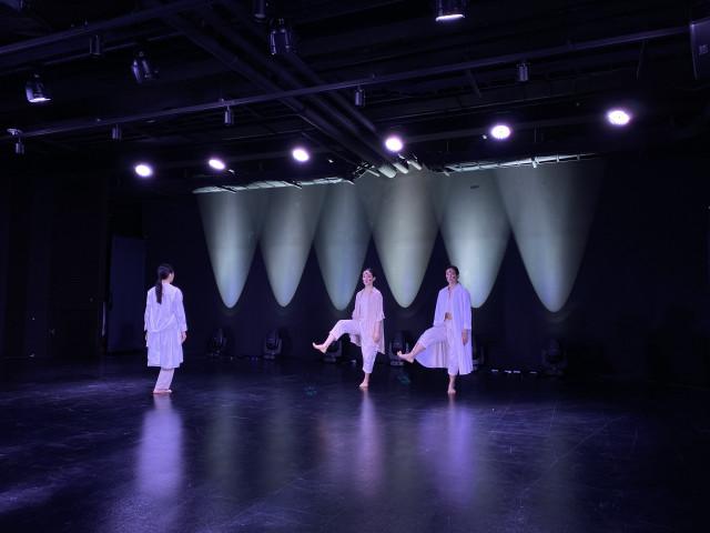 2020 청년예술가 창작지원 선정 단체 발표회 '공칠' 공연