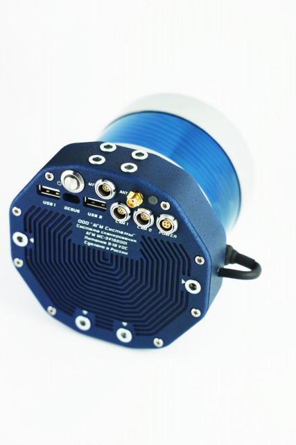 AGM 시스템즈의 AGM-MS3는 무인 항공기의 이동 및 항공 레이저 스캐닝을 위한 비용 효율적인 다기능 솔루션이다 벨로다인의 '울트라 퍽' 라이더 센서가 장착돼 있다