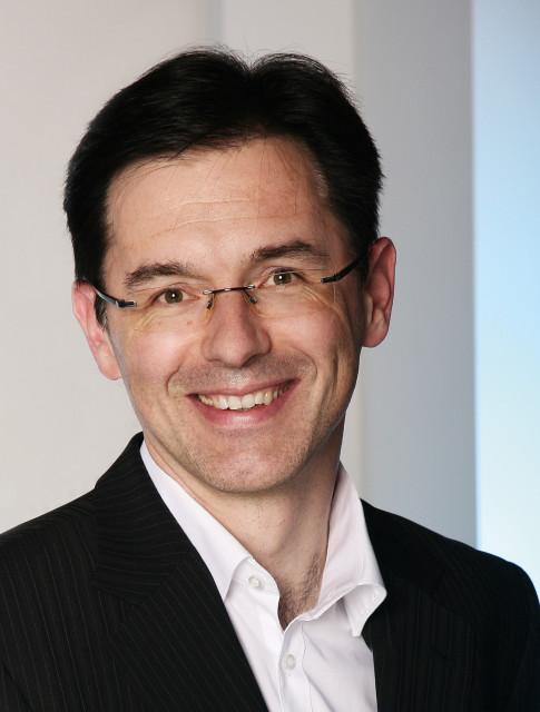 "TT테크 인더스트리얼의 이사회 이사 토마스 베른도르퍼는 ""네비올로 테크놀로지스와의 자산 통합을 통해 우리는 보다 광범위한 응용 분야에서 신규 및 기존 고객들에게 훨씬 더 앞선 산업..."