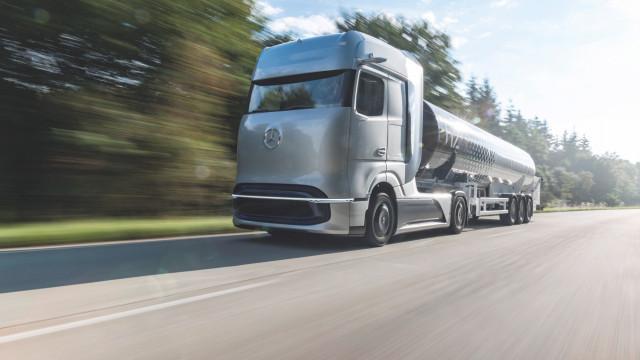 수소 기반 연료전지 콘셉트 트럭 메르세데스-벤츠 GenH2