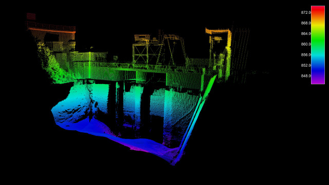 벨로다인 라이다의 퍽 센서를 장착한 시베드의 모바일 매핑 시스템은 심해 측정 다중 빔 음향 측심기와 결합해 수면 위 및 아래의 완전한 3D 지리 좌표가 표시된 이미지를 제공해 시간...