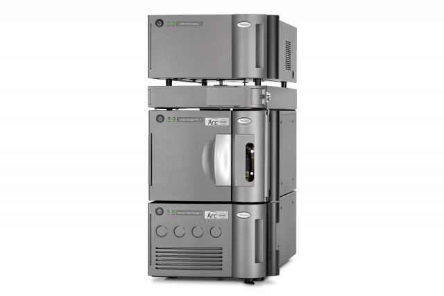 Waters™ Arc™ Premier 시스템은 Waters의 새로운 MaxPeak™ HPS(High Performance Surface) 기술을 특징으로 하며 2.5 - 3.5μm...