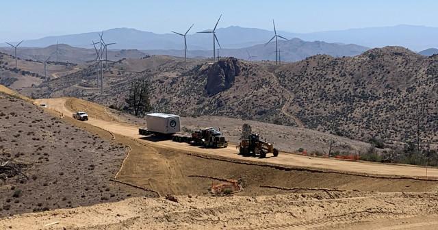 CH로빈슨 재생에너지 회사가 먼 곳에서도 복잡한 프로젝트를 위한 공급망과 물류를 관리하도록 한다