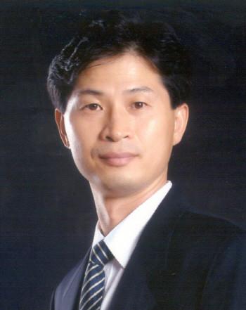 서울대학교 공과대학 전기정보공학부 이경무 교수