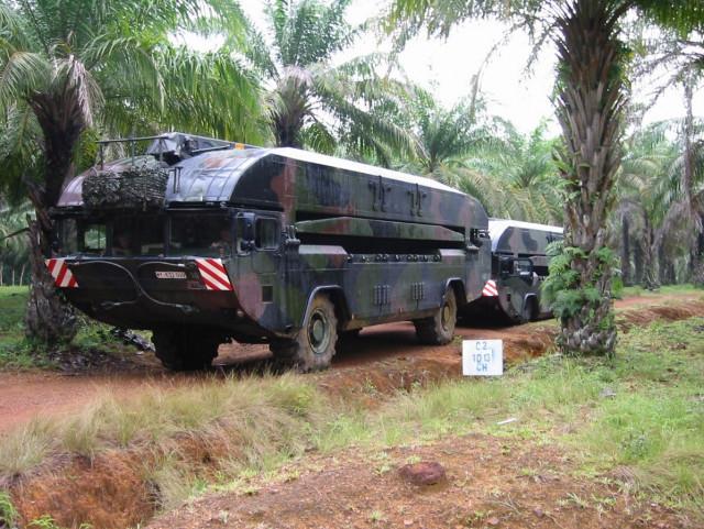 한화디펜스가 개발한 M3가 열대우림에서 기동하고 있다
