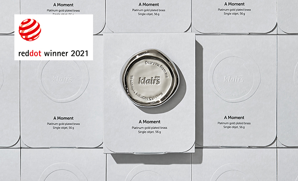 Wishcompany's Dear, Klairs won the 2021 Red Dot Design Award for Communication Design.